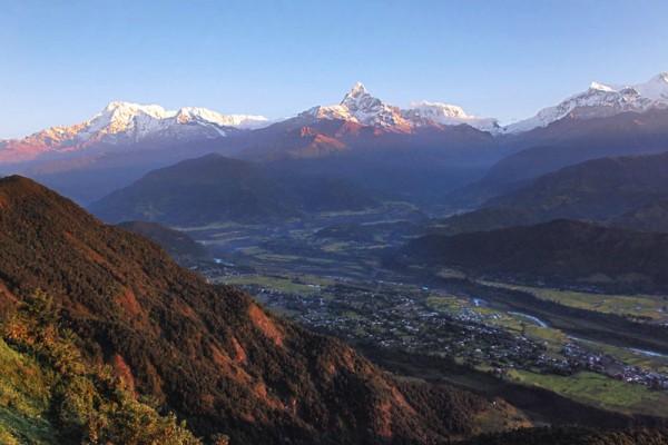 http://www.attentiveholiday.com/blog/wp-content/uploads/2014/06/Nepal-Sagarkot-Dawn.jpg