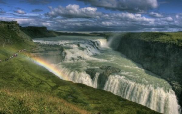 Gullfoss_Iceland-670x420-